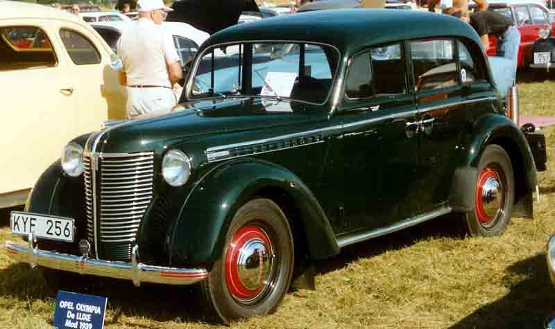 File:Opel Olympia De Luxe 1,5-Liter 4-Door Sedan 1939.jpg ...