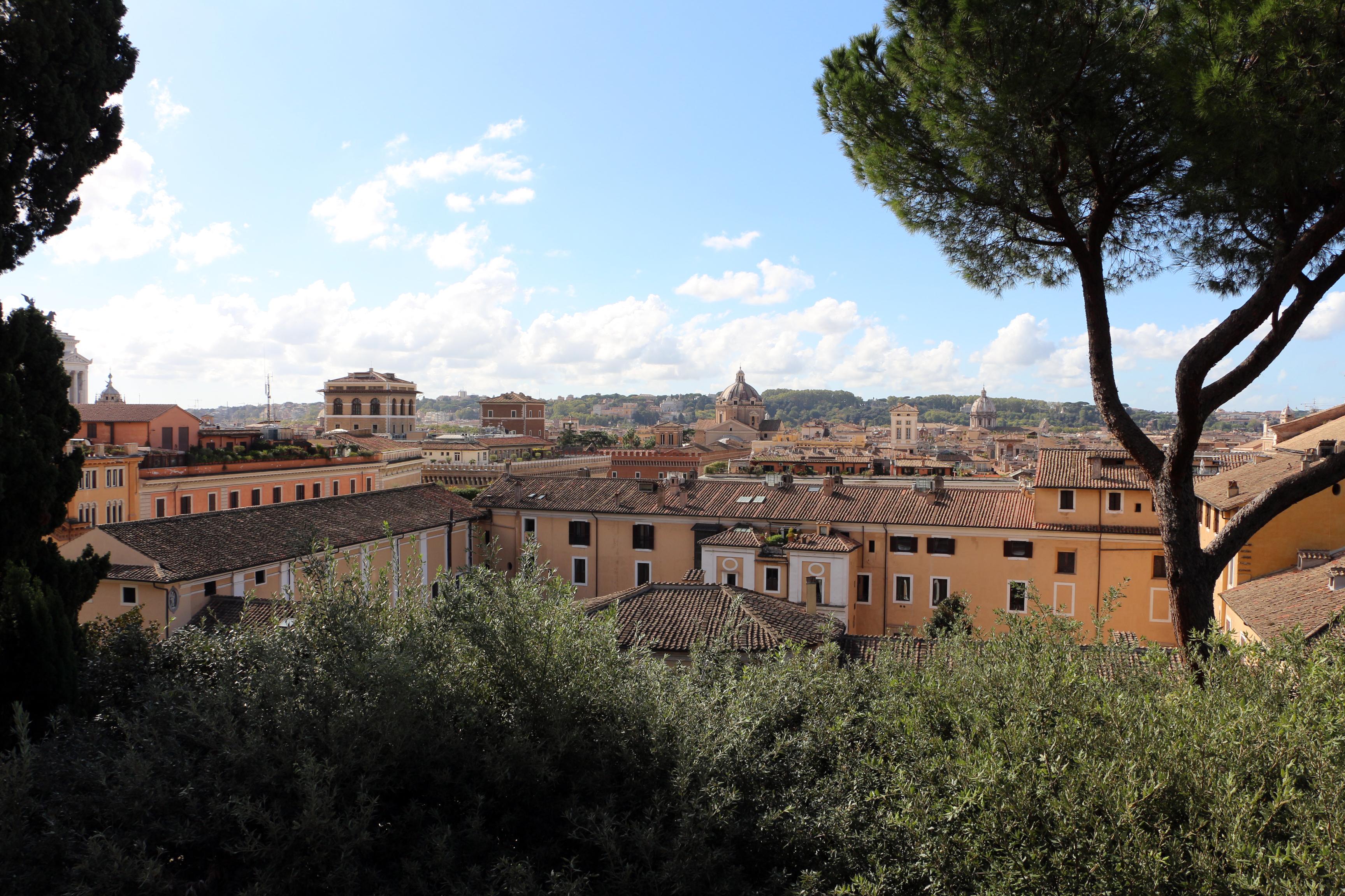 File:Palazzo colonna, giardini, terrazza, veduta su roma 00.jpg ...