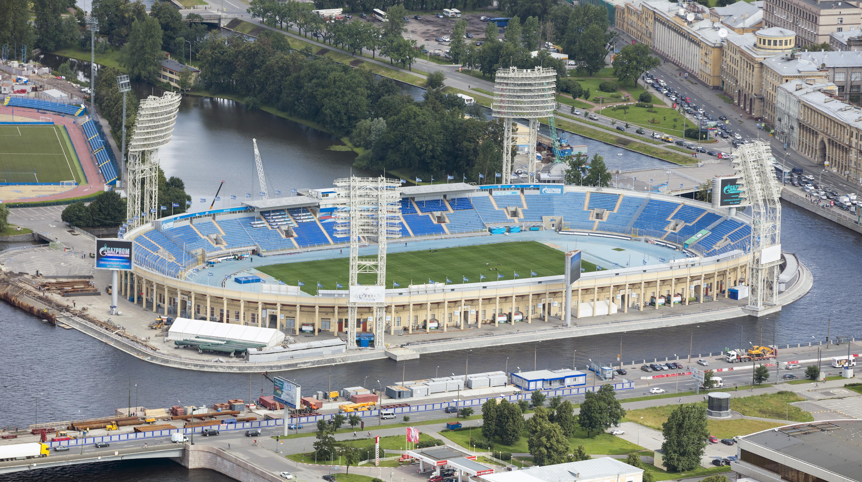 Испания футбольный стадио на набережной