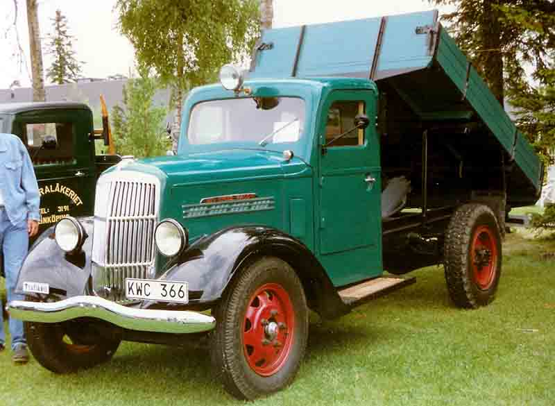 [Pilt: Reo_Speed_Wagon_Truck_1939.jpg]