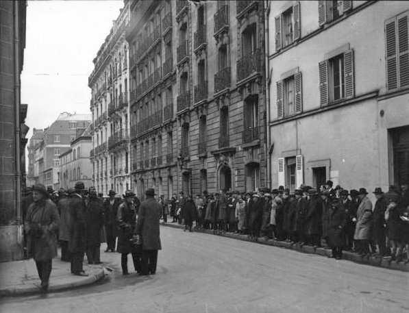 Fichier:Rue Oudinot-1930.jpg