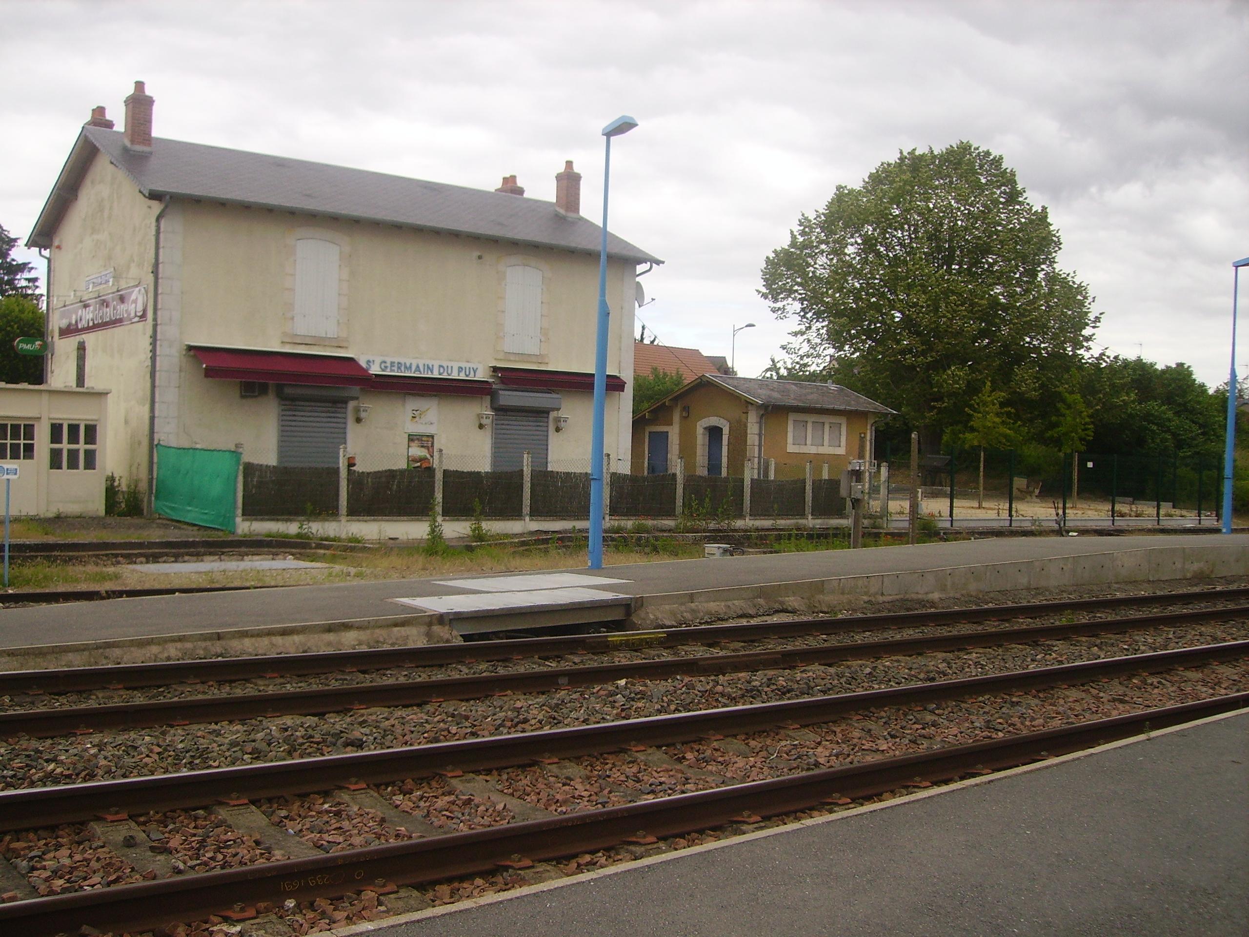 Sur le banc de la gare st germain au mont dor certains jours picture to pin o - La quincaillerie saint germain ...