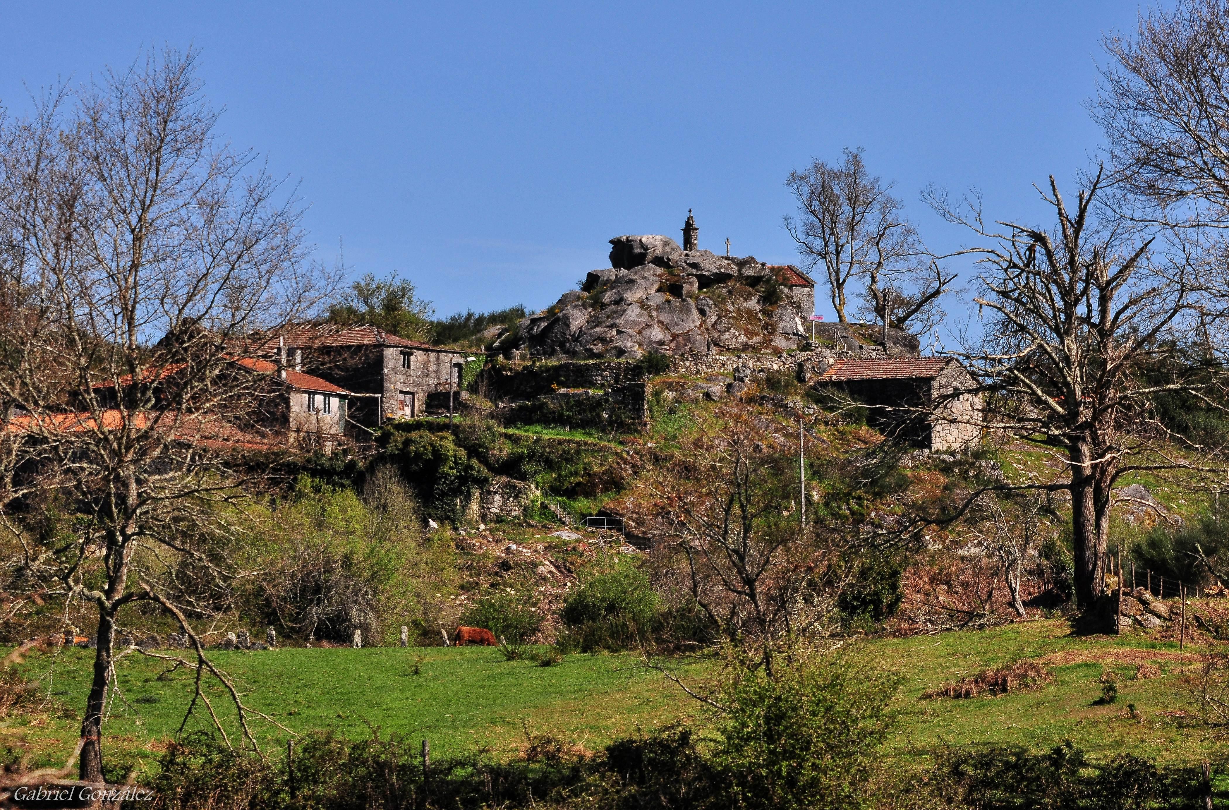 File:Serrapio, Pedre, Cerdedo.jpg - Wikimedia Commons
