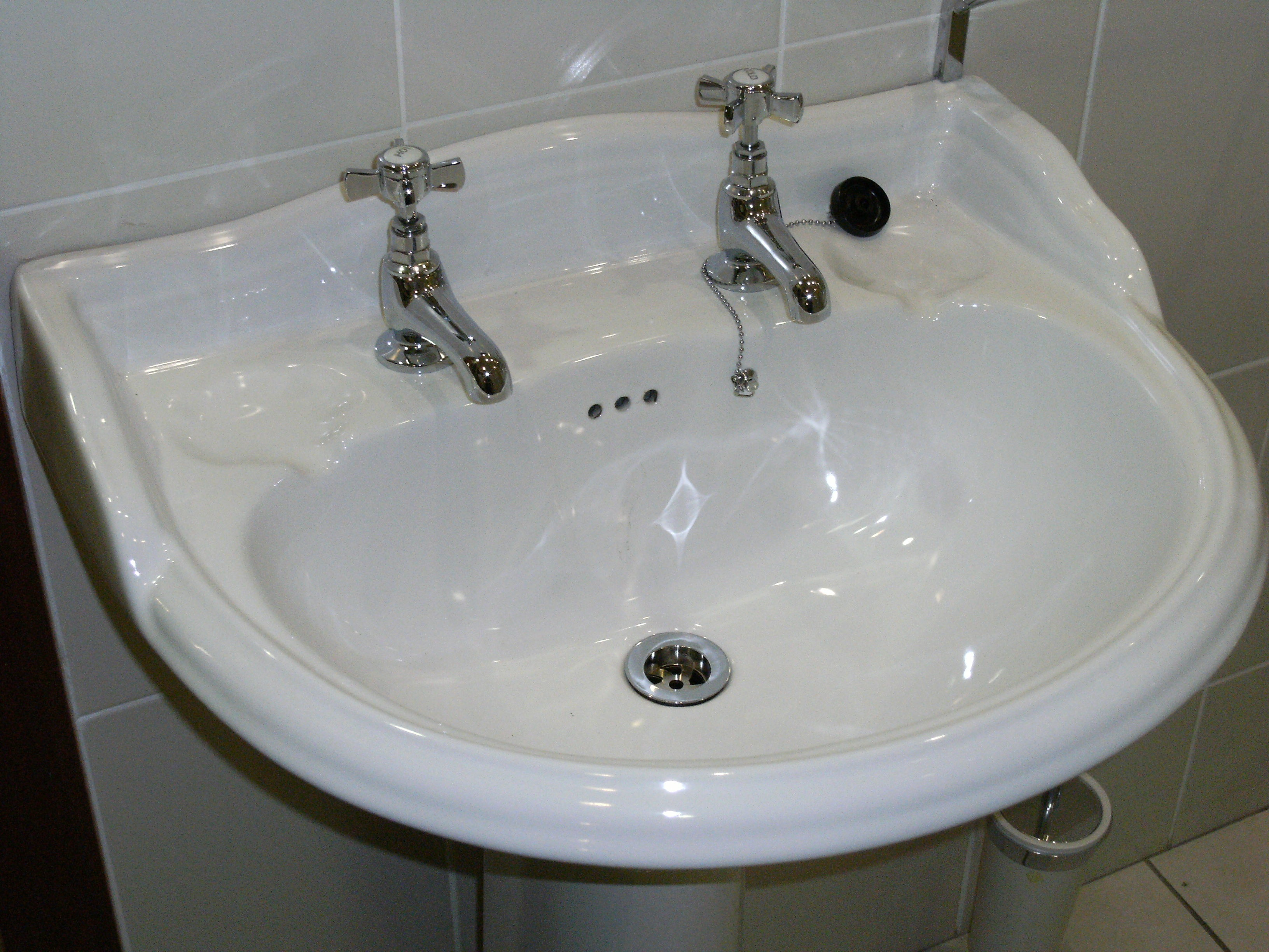 File Soap Dish Built In White Sink Jpg