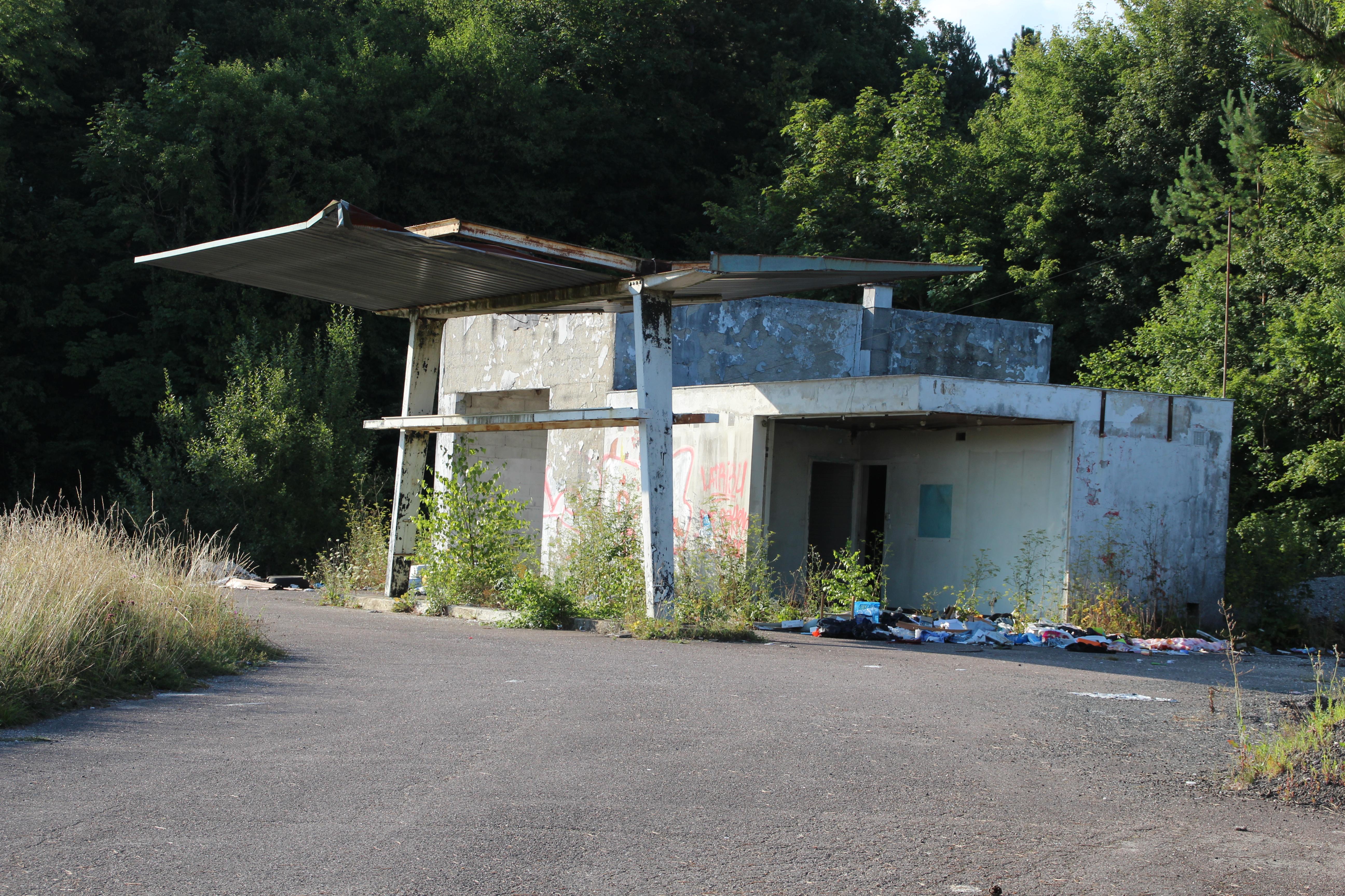 File station essence abandonn e chaumont en haute marne for Chaumont haute marne