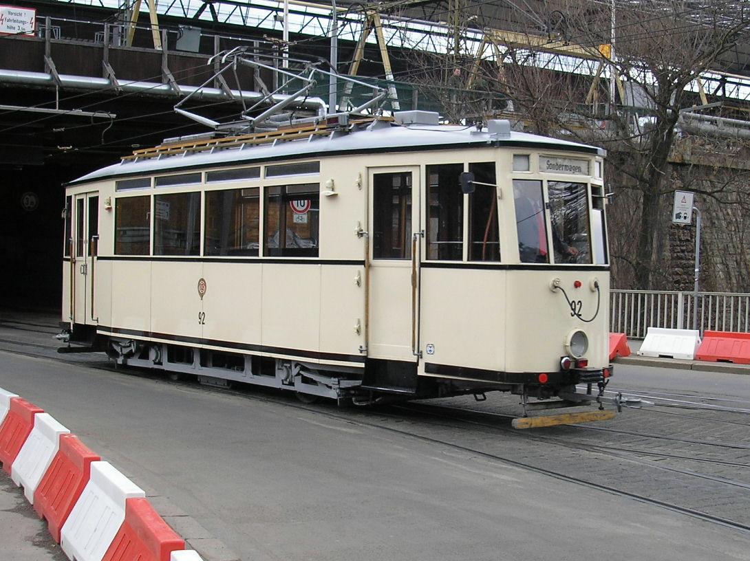 Straßenbahn alt Erfurt.JPG