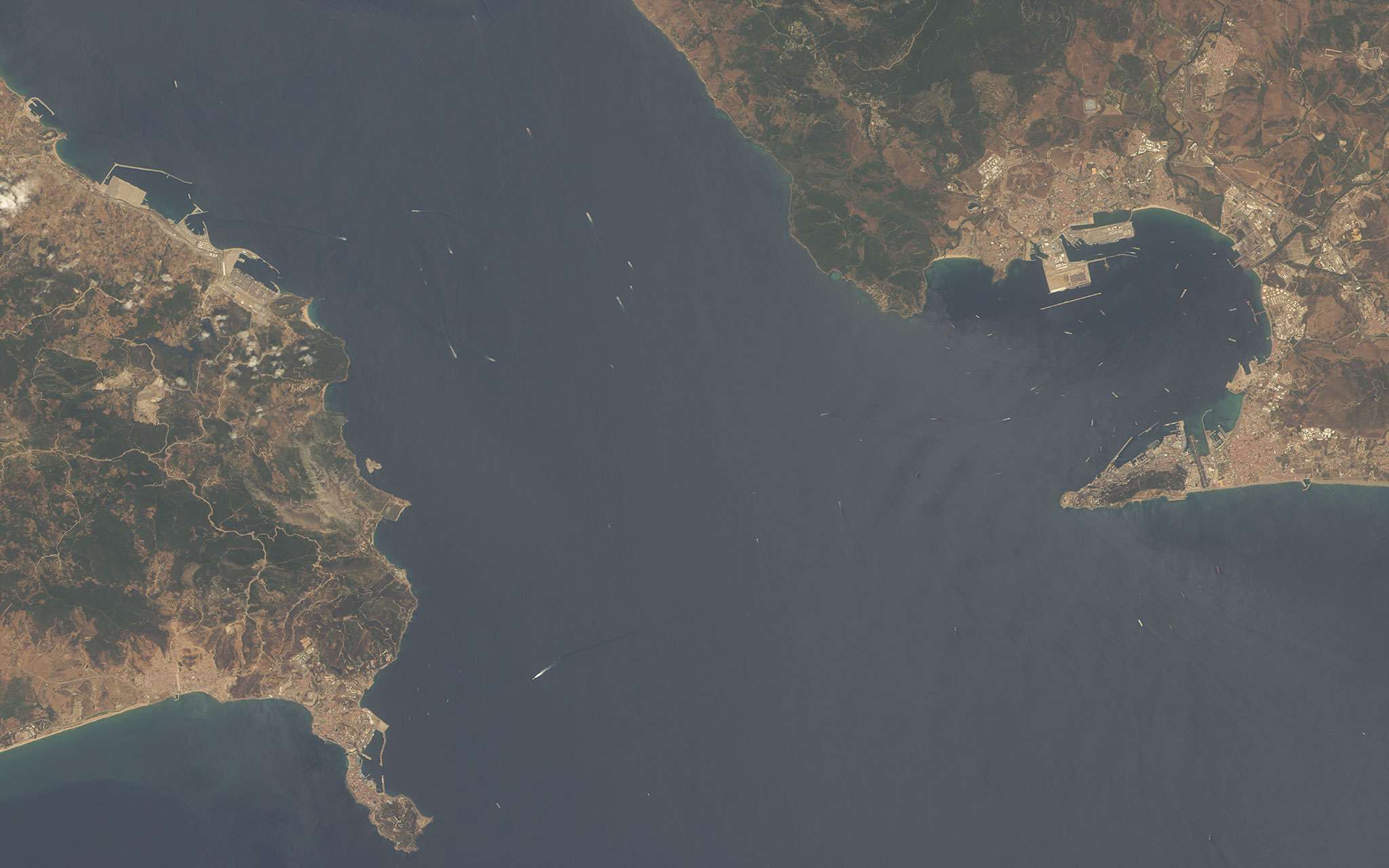 FileStrait Of Gibraltar Satellite Viewjpg Wikimedia Commons - Earth satellite view 2016