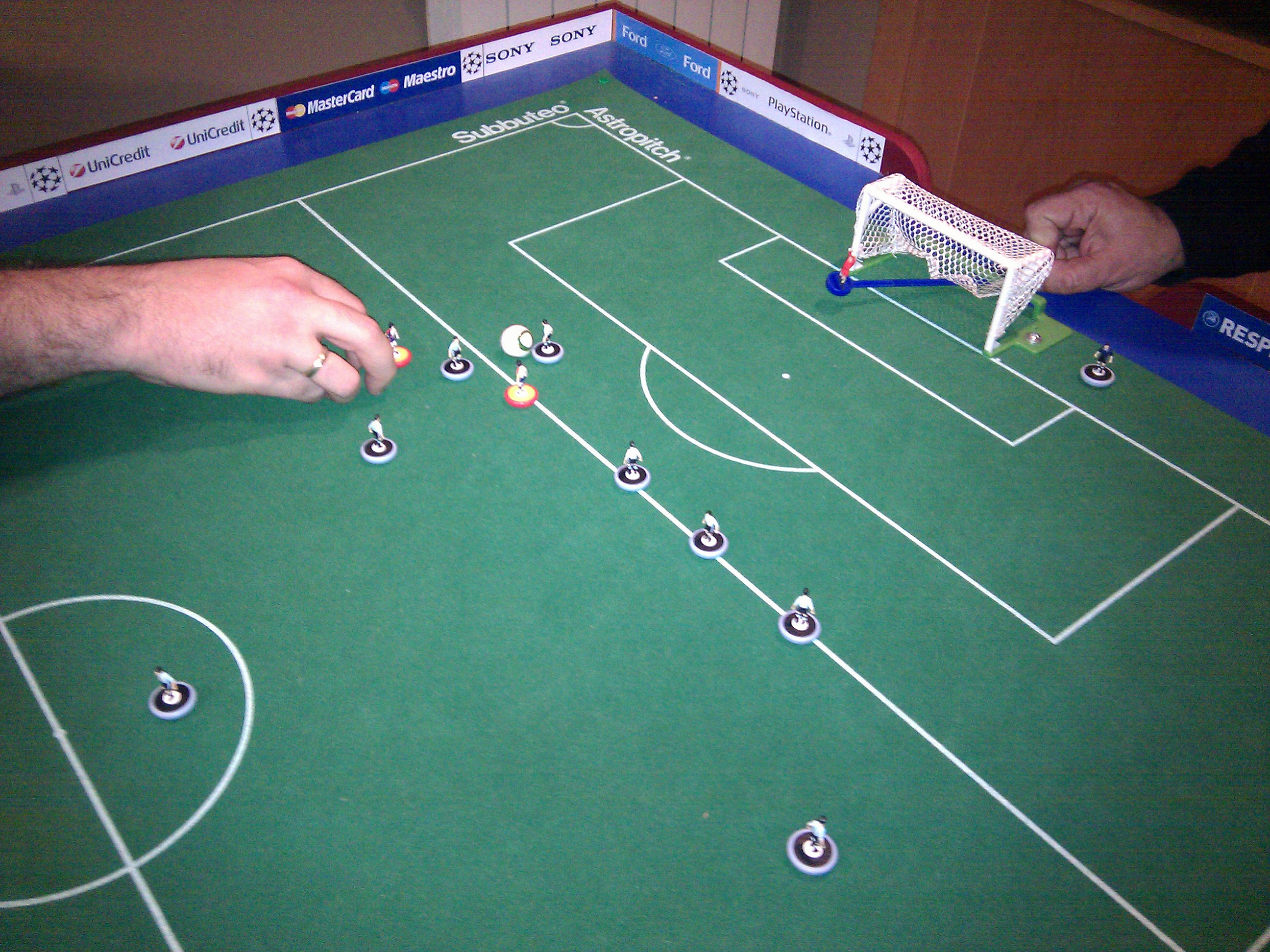 Subbuteo wikiwand for Table wikipedia