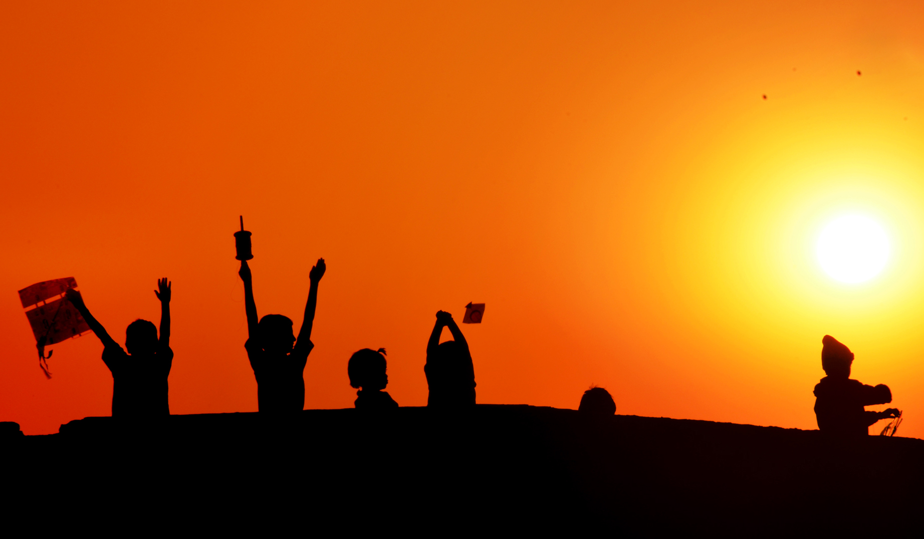filesunset with amazing felling of childrens happiness