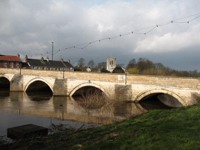 Tadcaster Bridge - geograph.org.uk - 720558