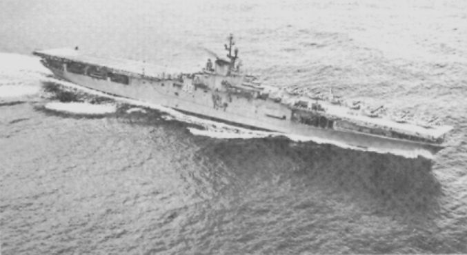 File:USS Tarawa (CVS-40) stbd during Op Argus 1958.jpg