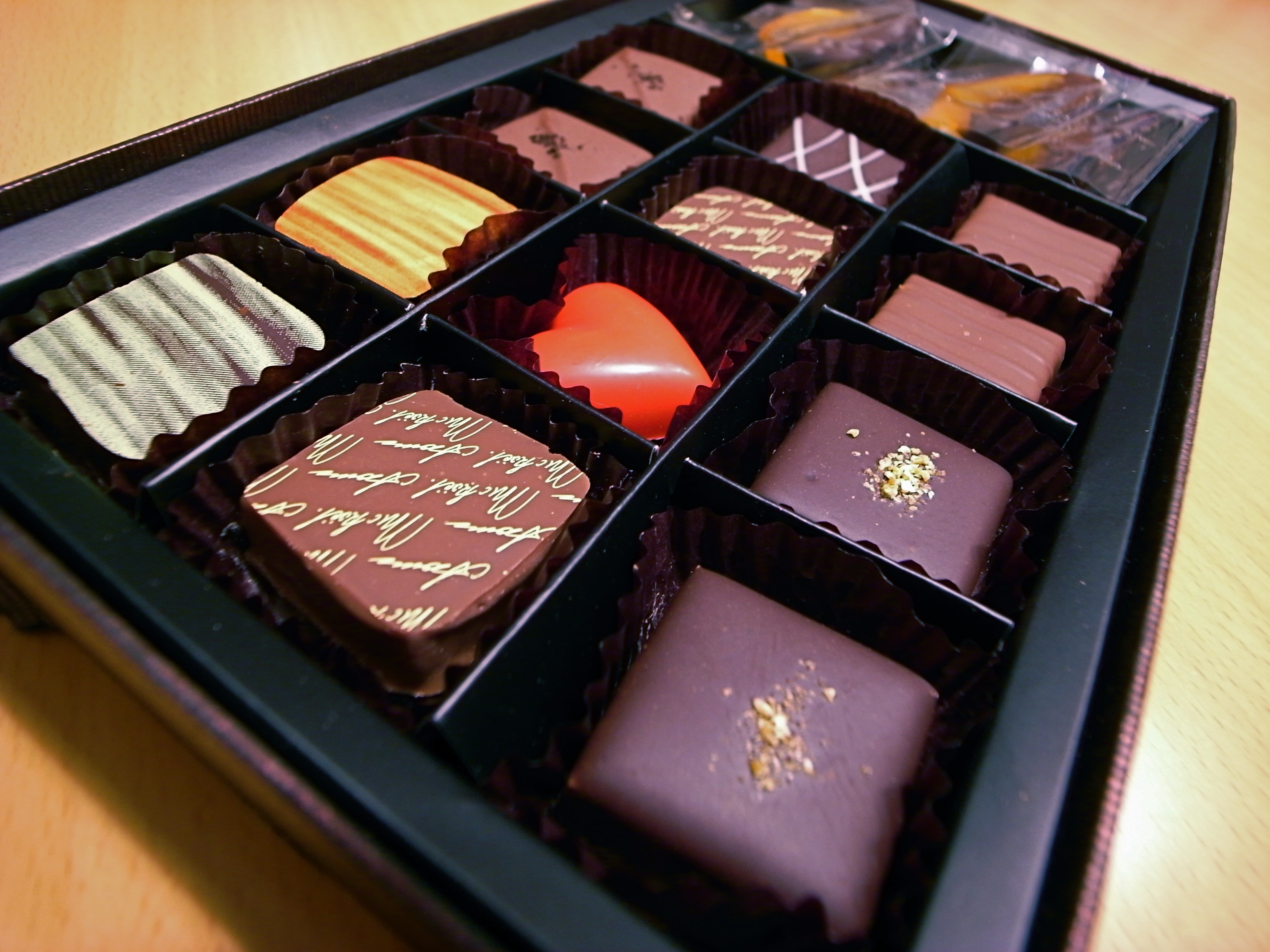 File Valentine S Day Chocolate Jpg Wikimedia Commons