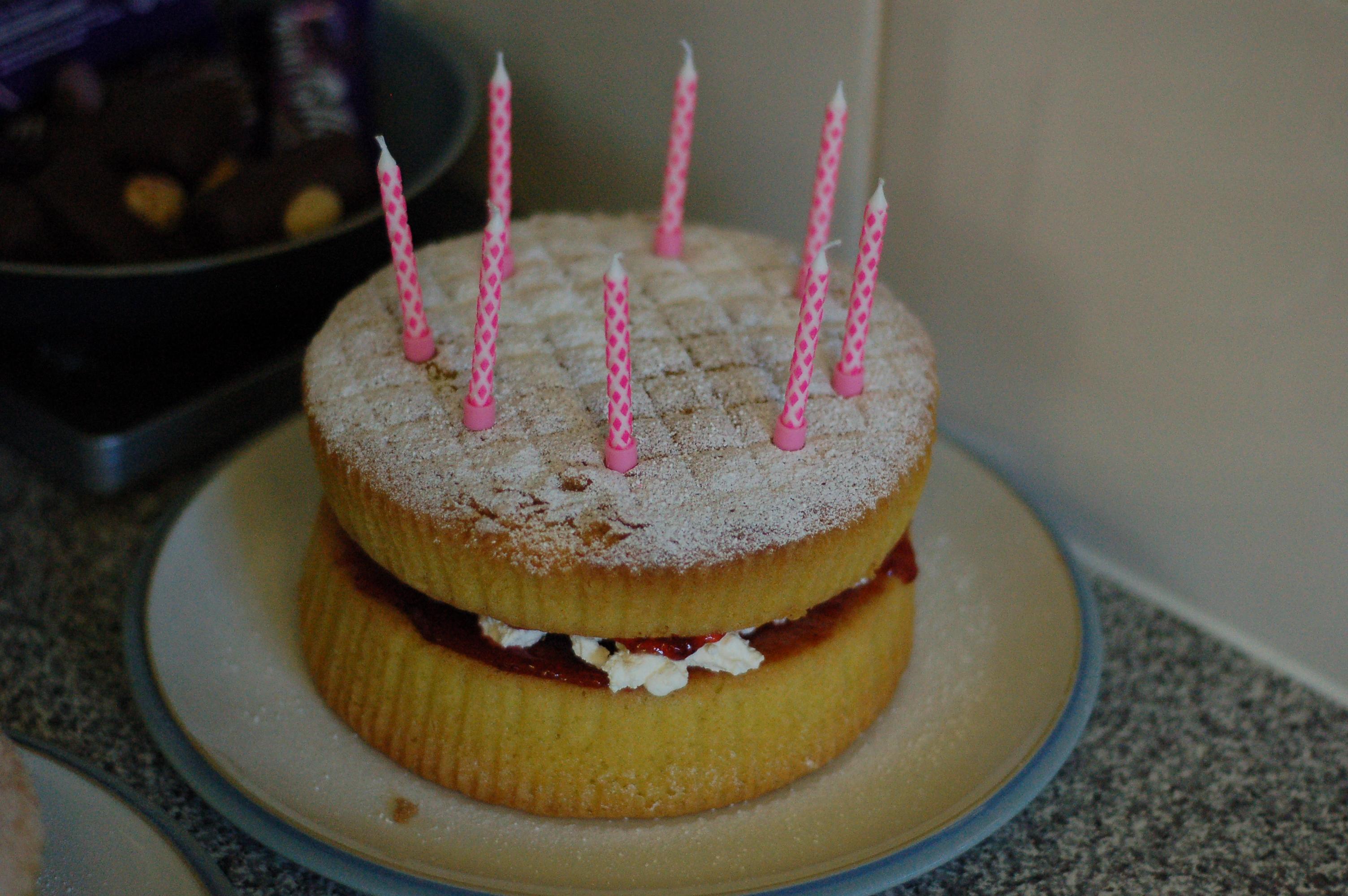 Pleasing Sponge Cake Simple English Wikipedia The Free Encyclopedia Personalised Birthday Cards Arneslily Jamesorg