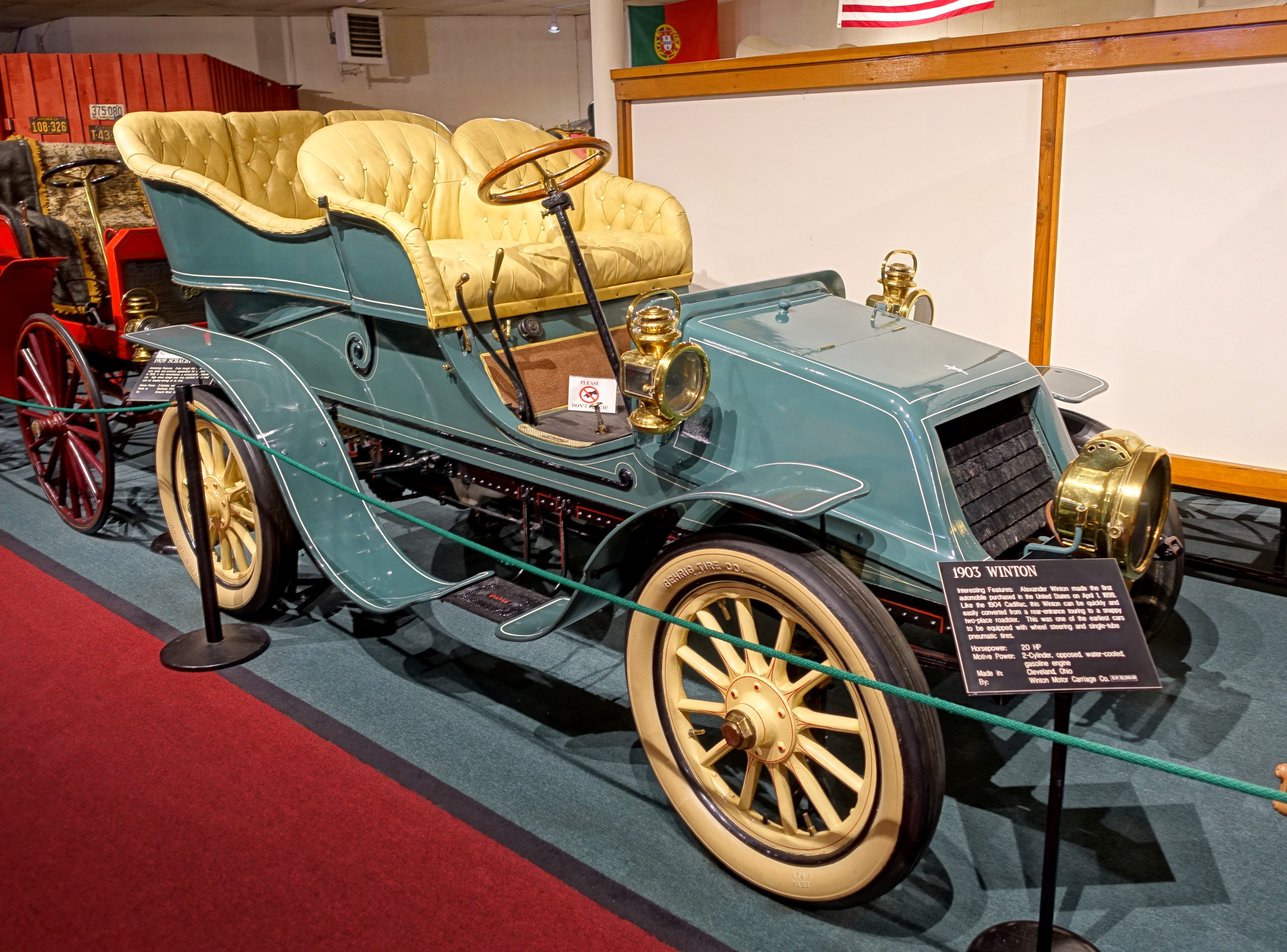 File:Winton automobile, 1903, made by Wintor Motor Carriage Co ...