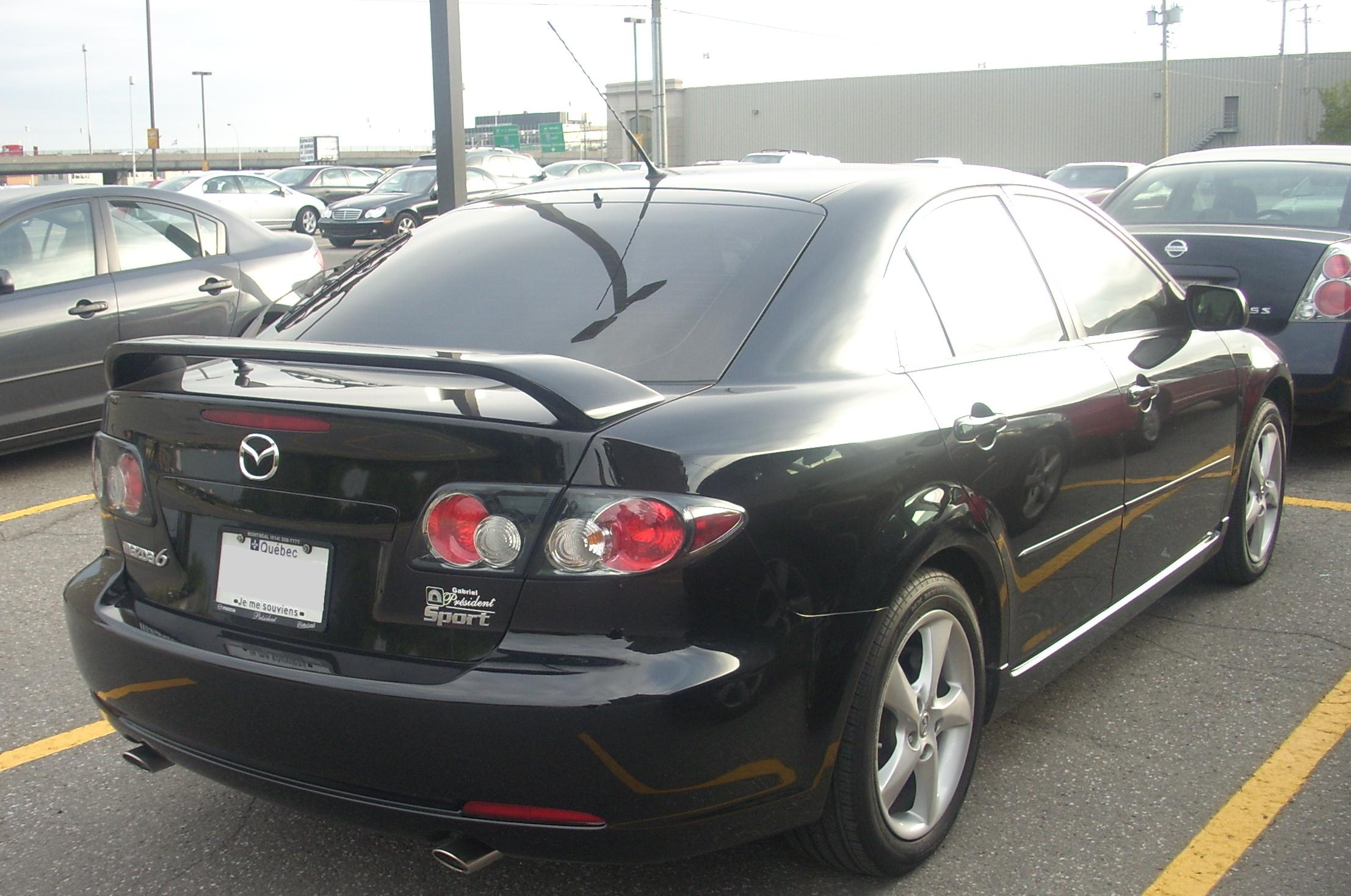 https://upload.wikimedia.org/wikipedia/commons/b/b1/%2706-%2708_Mazda6_Sport_Hatchback_%28Rear%29.JPG