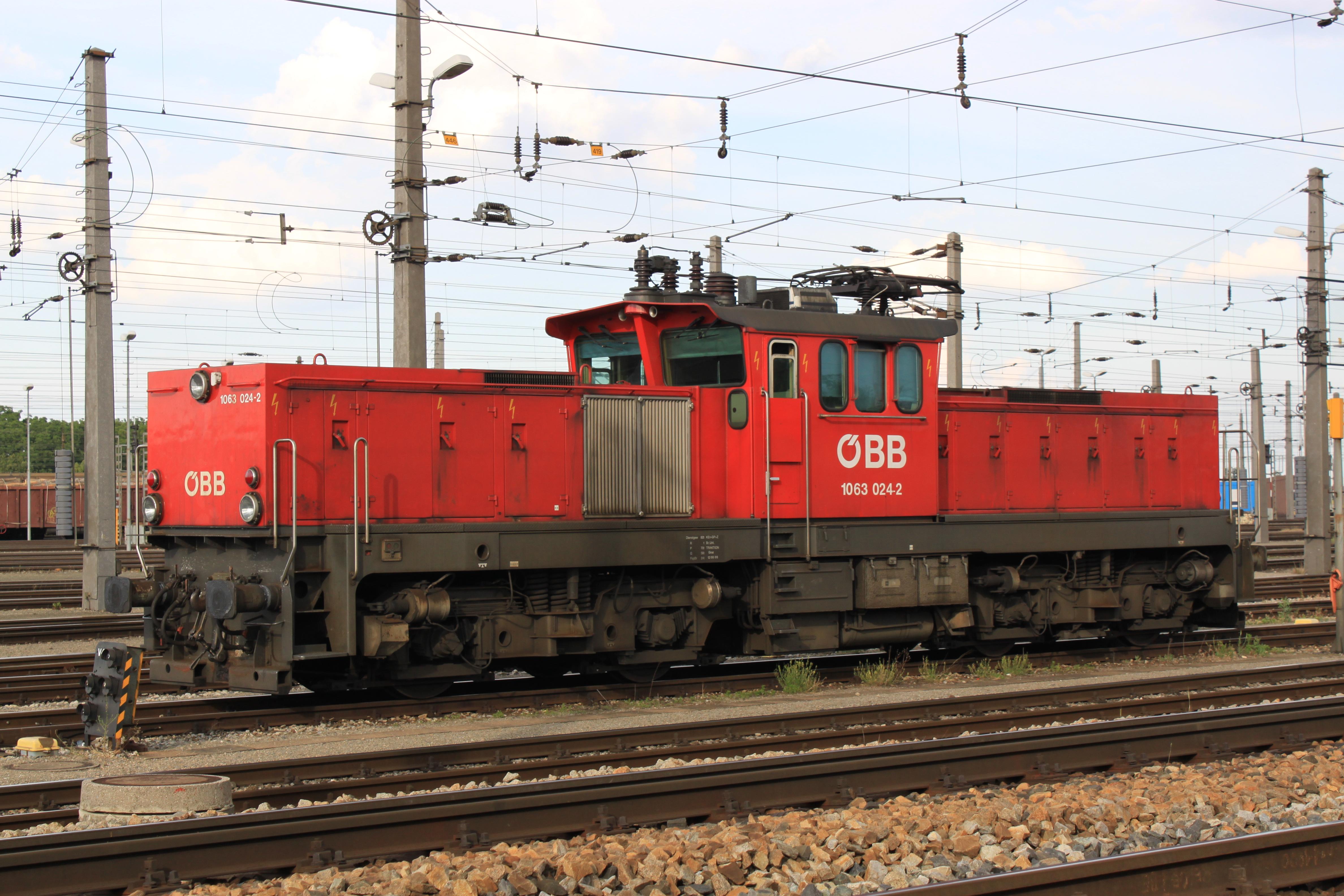 File:ÖBB 1063 024 ZvBf.jpg