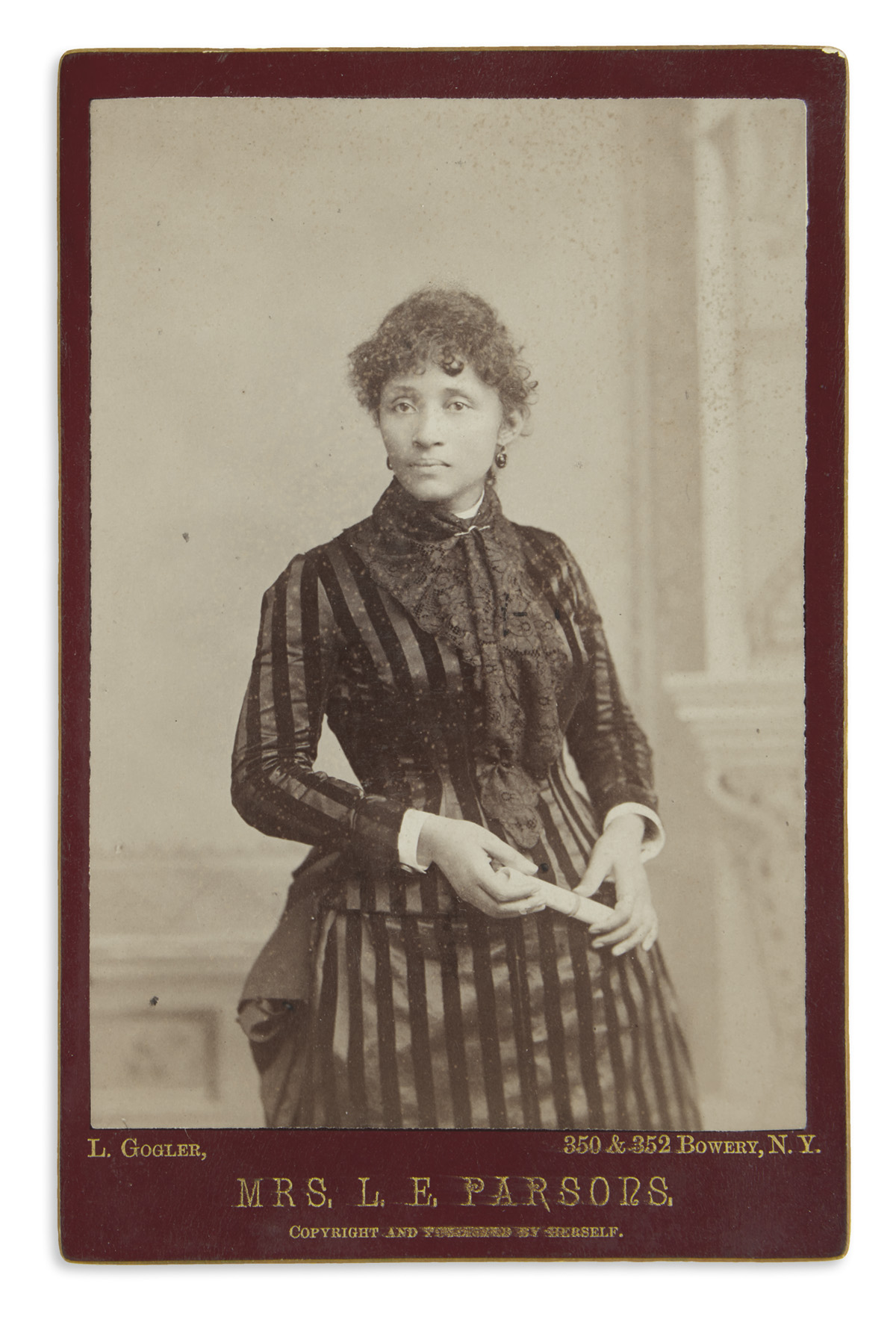 Lucy Parsons as she appeared in 1886.