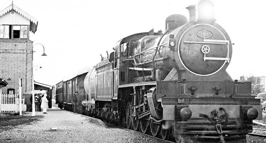 191locomotive arg.jpg