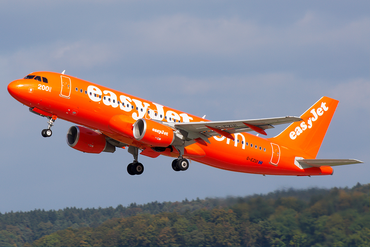 easyjet - photo #12