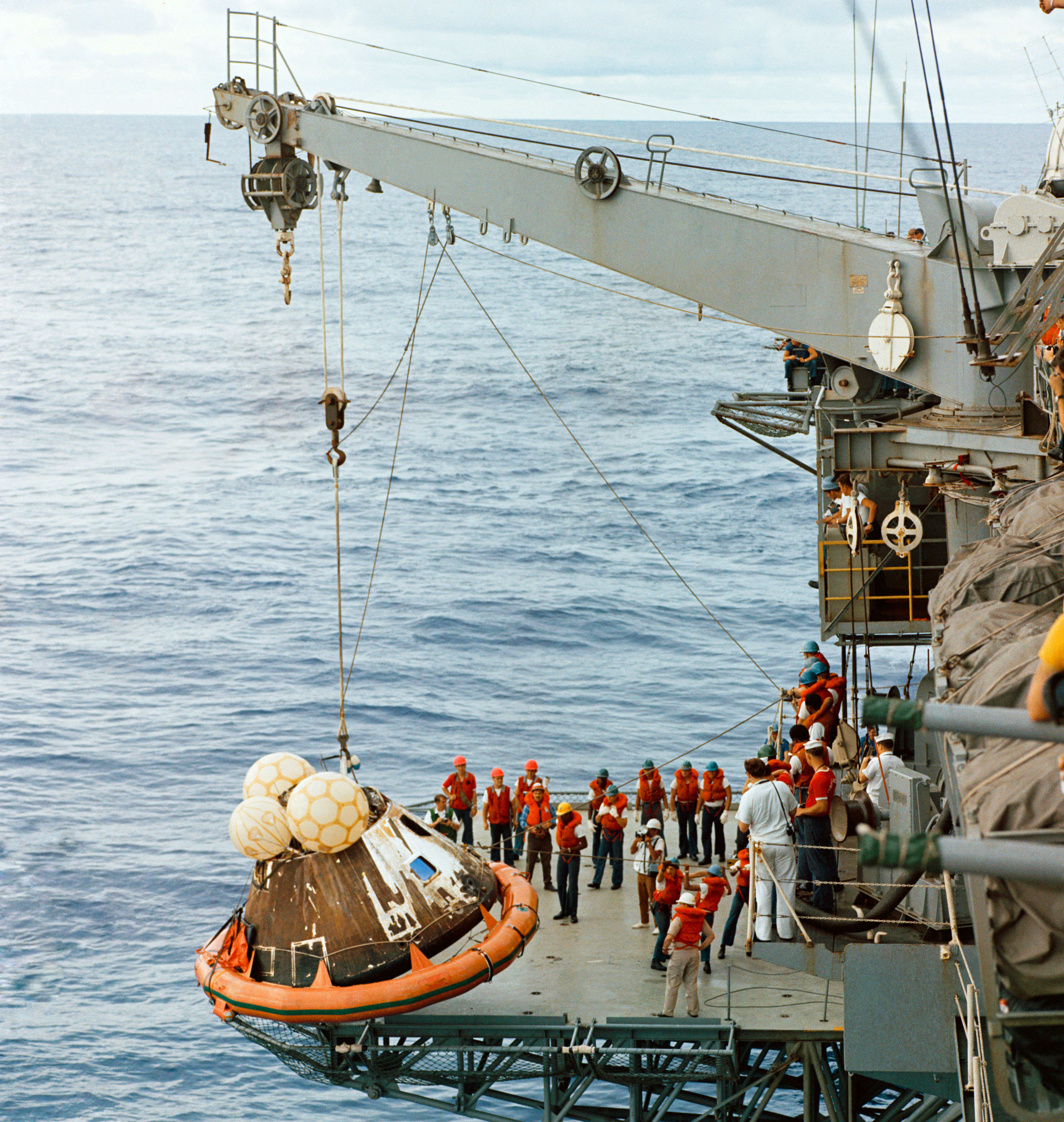 Apollo 13 Recovery Ship (page 2) - Pics about space