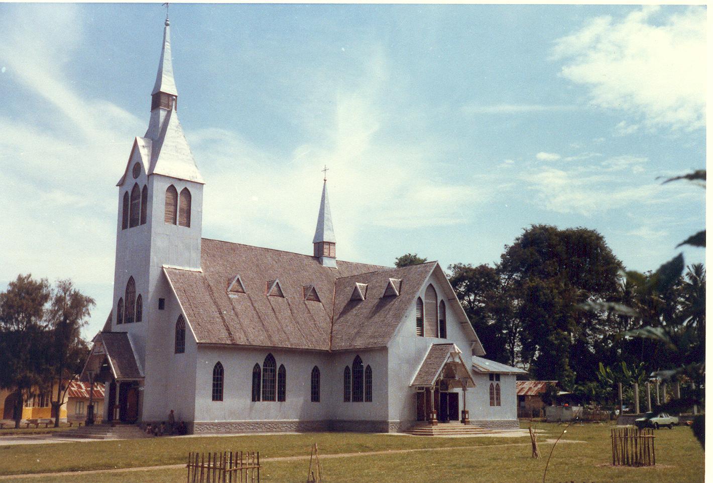Foto gereja kristen protestan 8