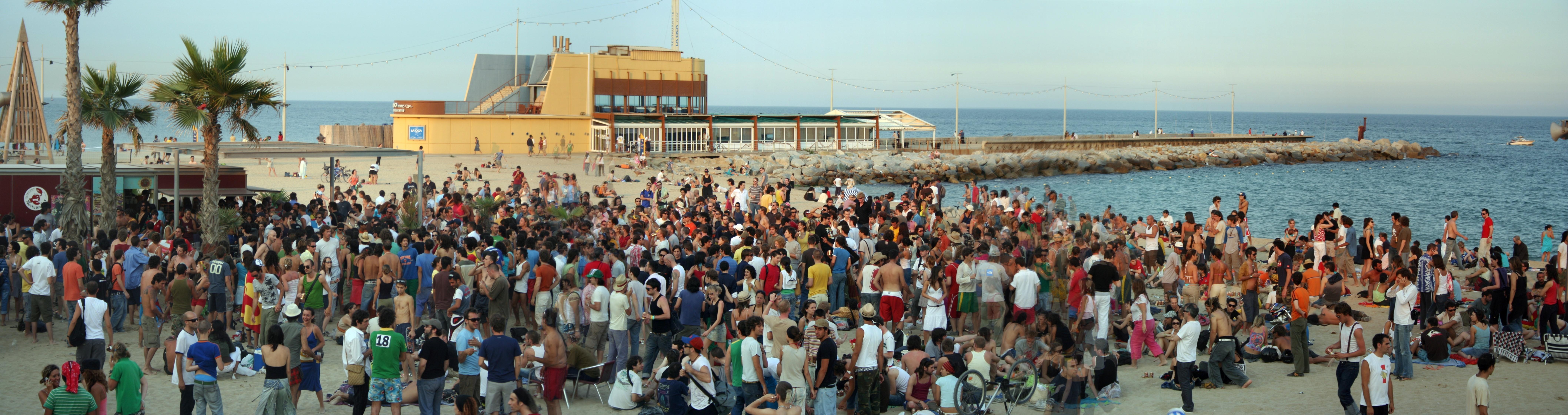 File:Barcelona Playa De La Mar Vella JMM.jpg - Wikimedia Commons