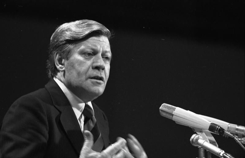 In 1970 the then minister of defence [[Helmut Schmidt