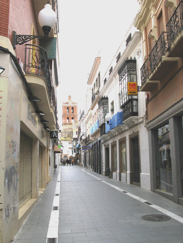 File calle sevilla de wikimedia commons - Calle correduria sevilla ...