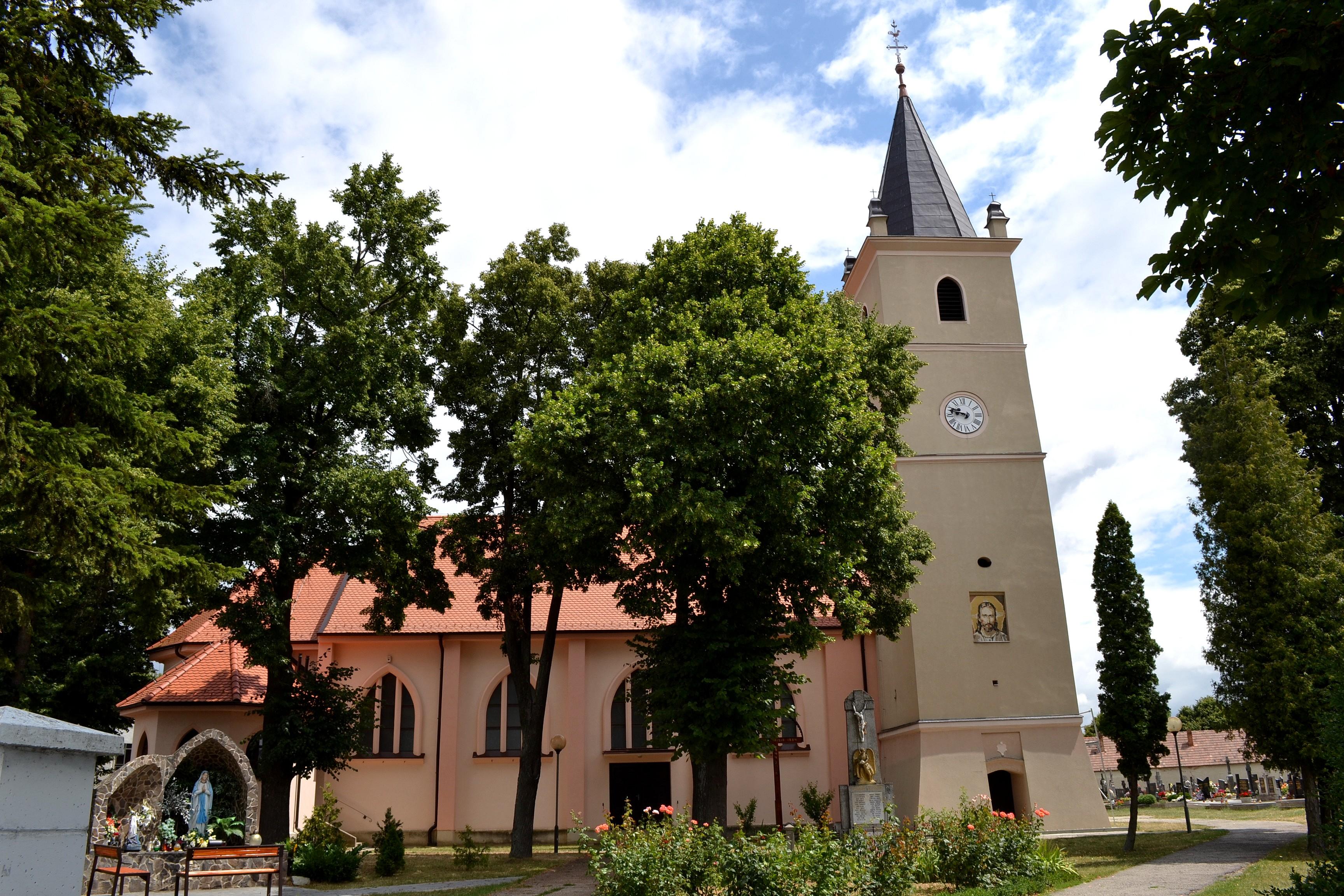 Chorvátsky Grob - Wikipedia