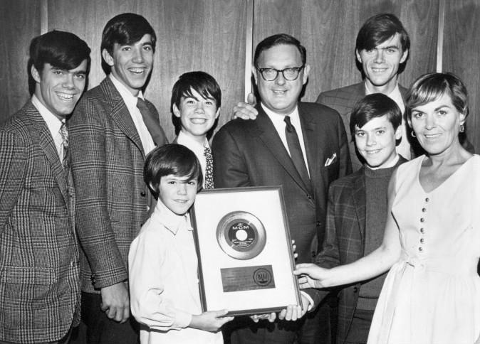 Cowsills_gold_record_1967.JPG