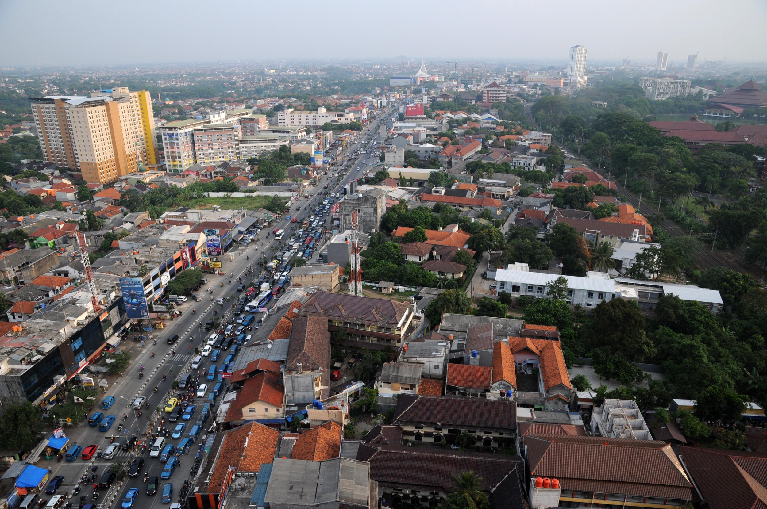 Depok merupakan salah satu kota terbesar di Indonesia yang juga merupakan kota penyangga Jakarta