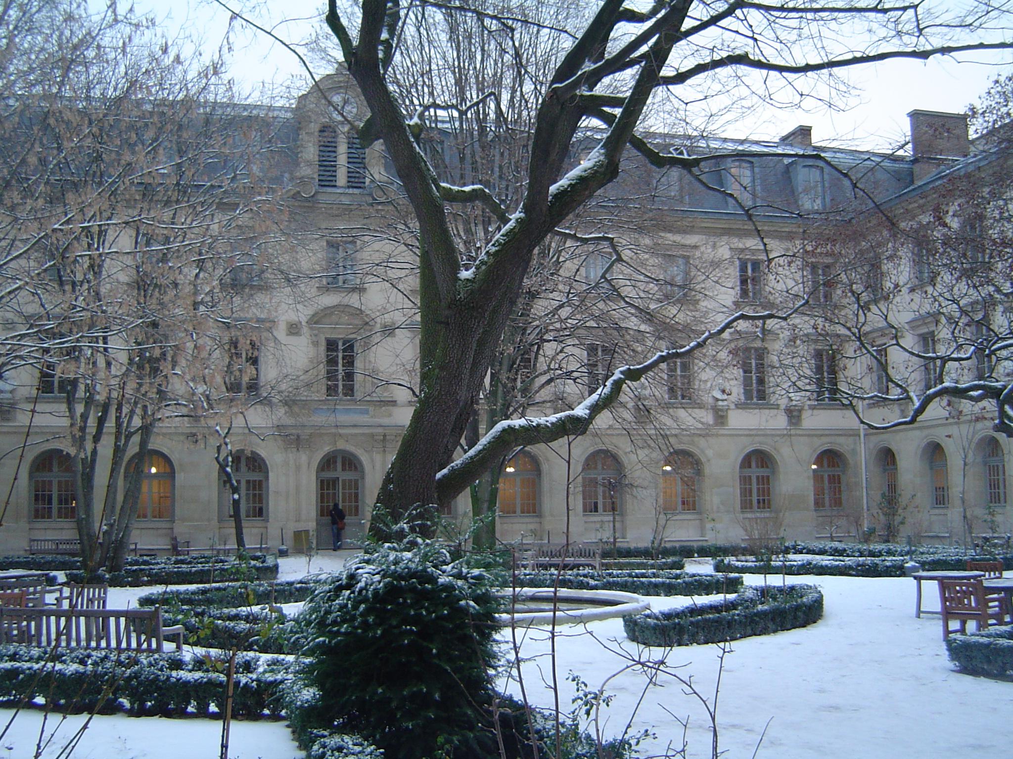 ENS (Paris) - Vía wikimedia.org