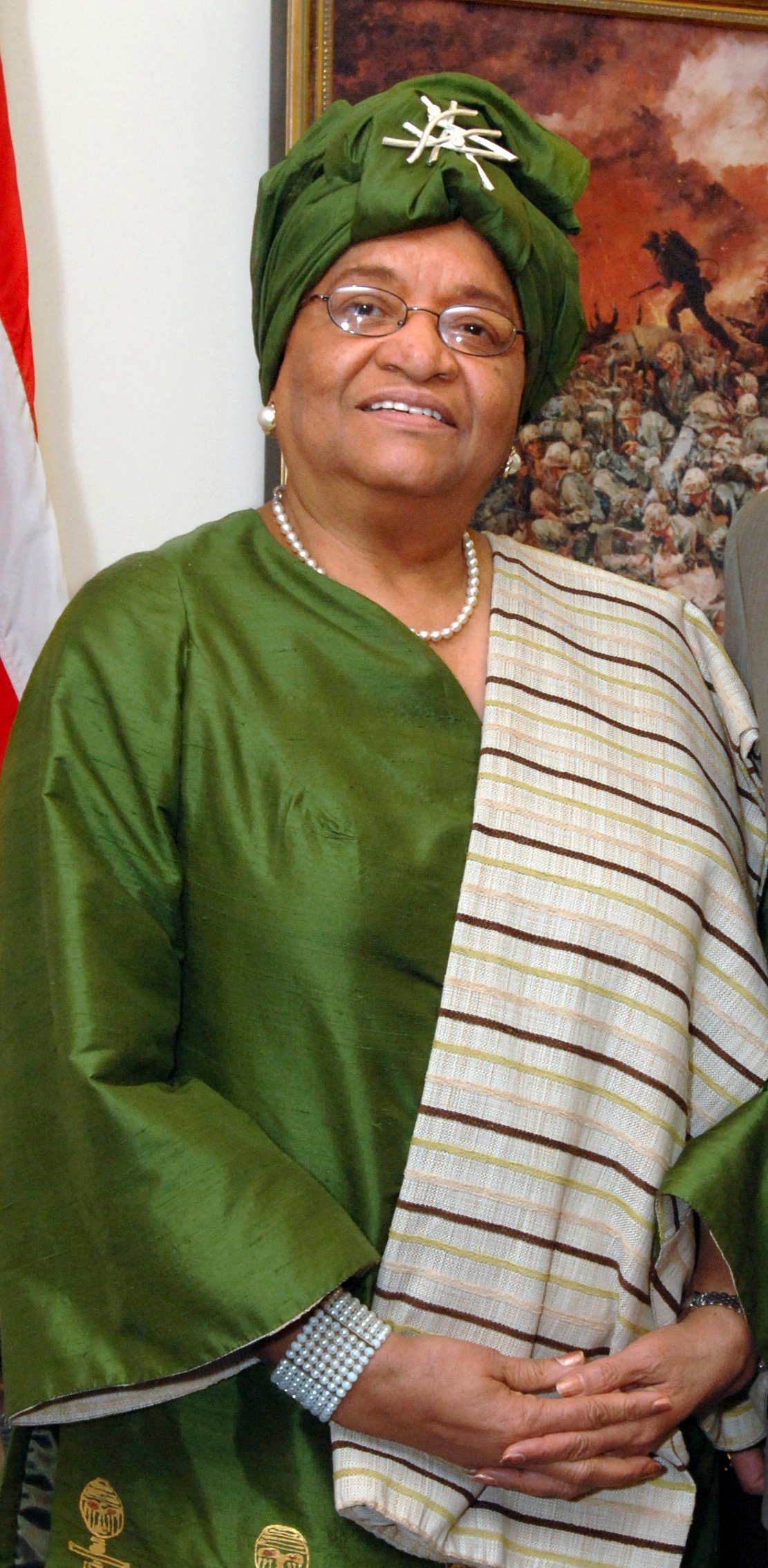http://upload.wikimedia.org/wikipedia/commons/b/b1/Ellen_Johnson-Sirleaf_detail_071024-D-9880W-033.jpg