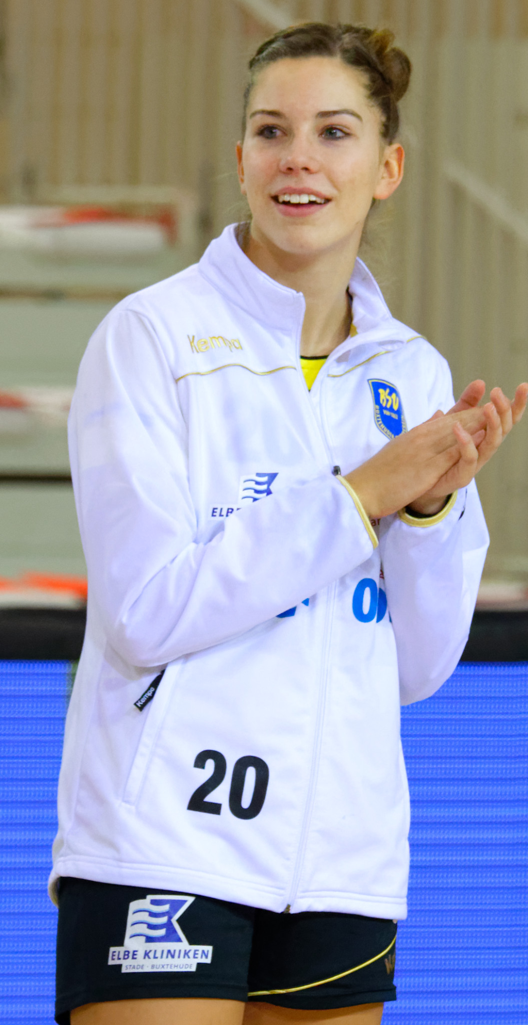 Emily Bölk - Wikipedia