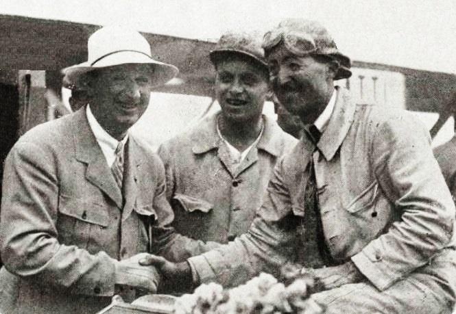 File:Ettore Bugatti et Jules Goux au GP de Saint-Sébastien 1926.jpg