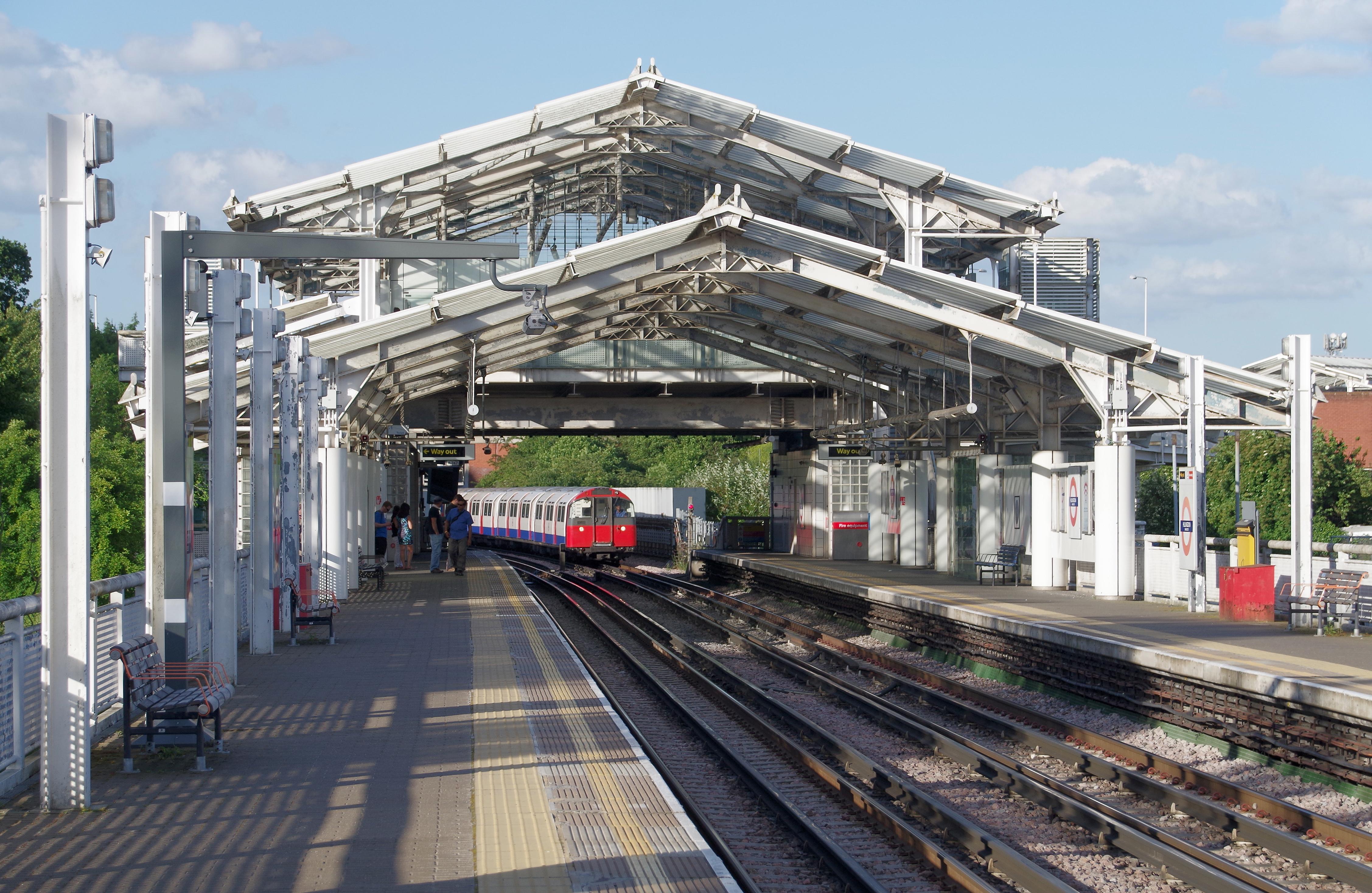 Hillingdon Tube Station Car Park Cost