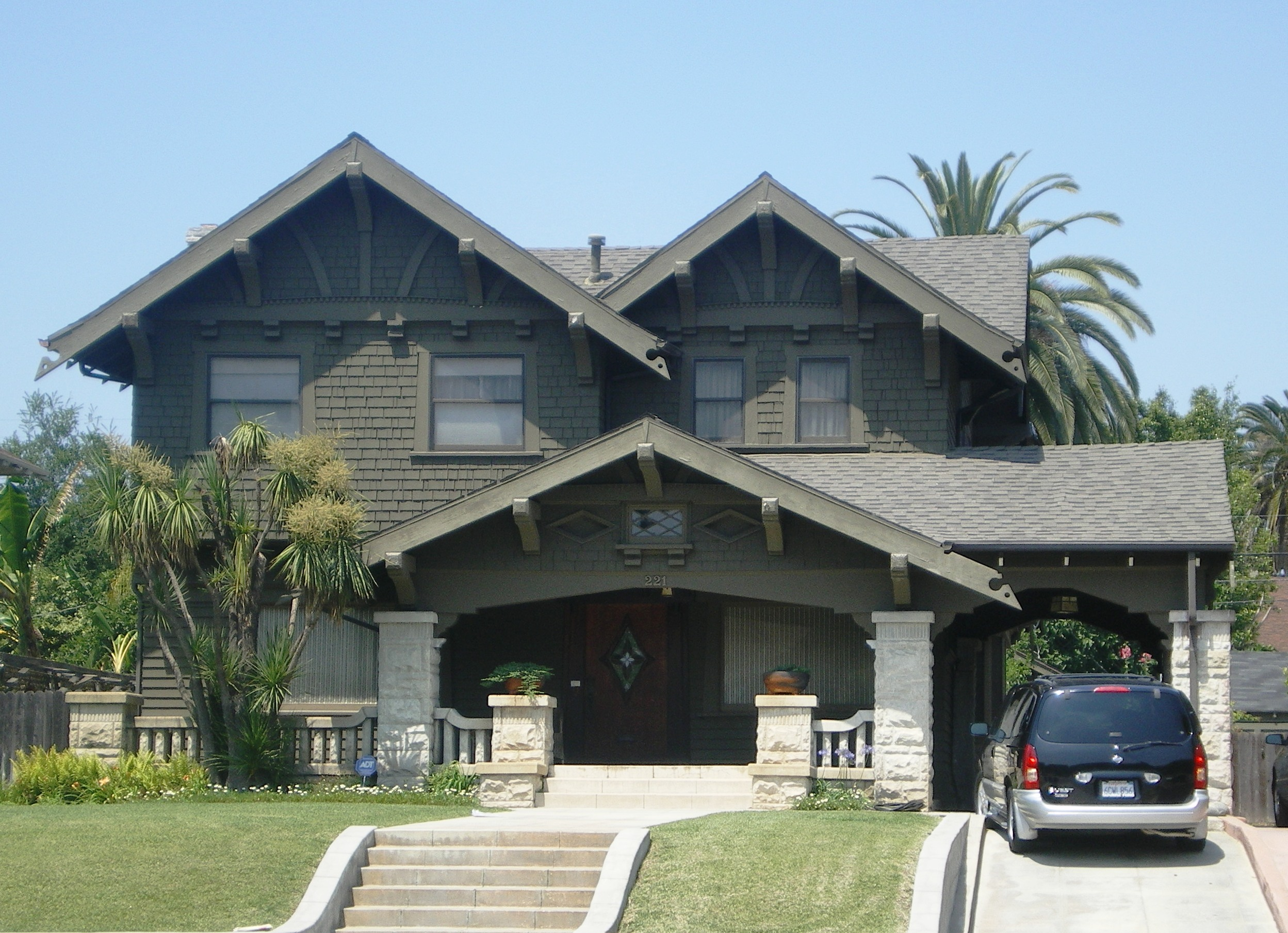 File house at 221 wilton los angeles jpg wikimedia commons for Historical homes in los angeles