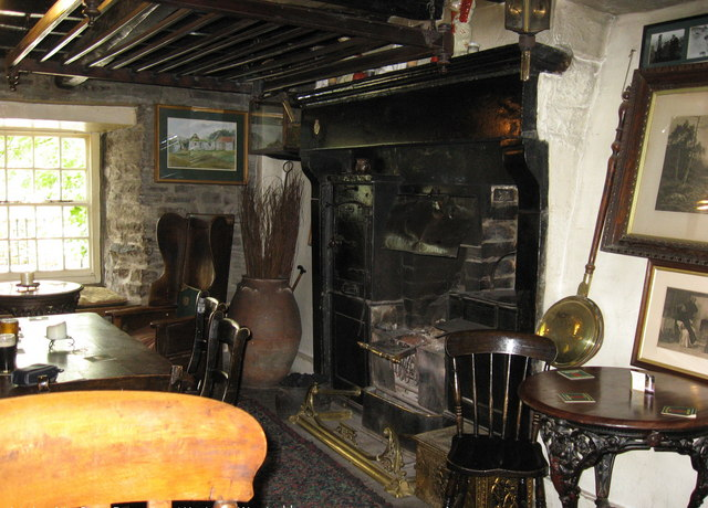 Interior of The Green Dragon Inn at Hardraw, Nth. Yorkshire - geograph.org.uk - 1755494