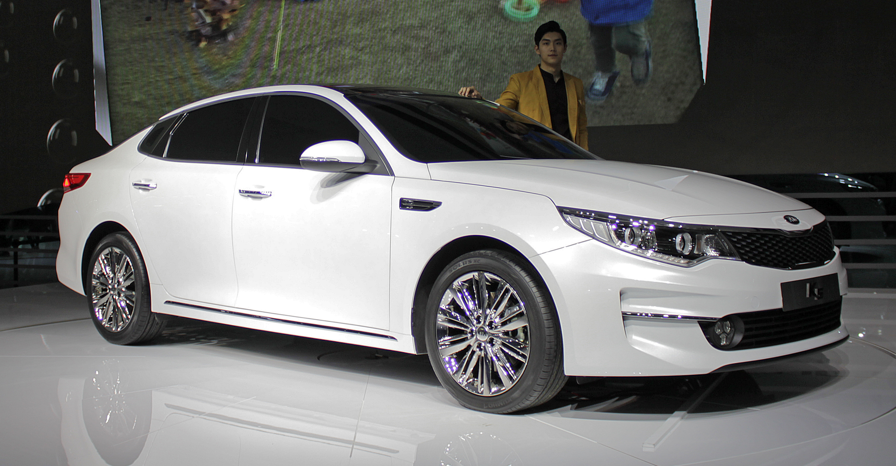 hybrid optima kia keen it lx peachy s