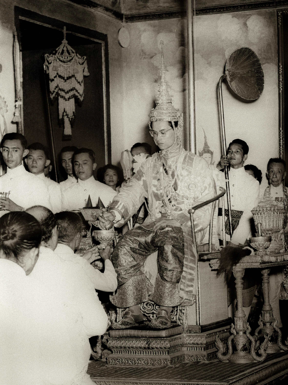 King vajiravudh homosexual relationship