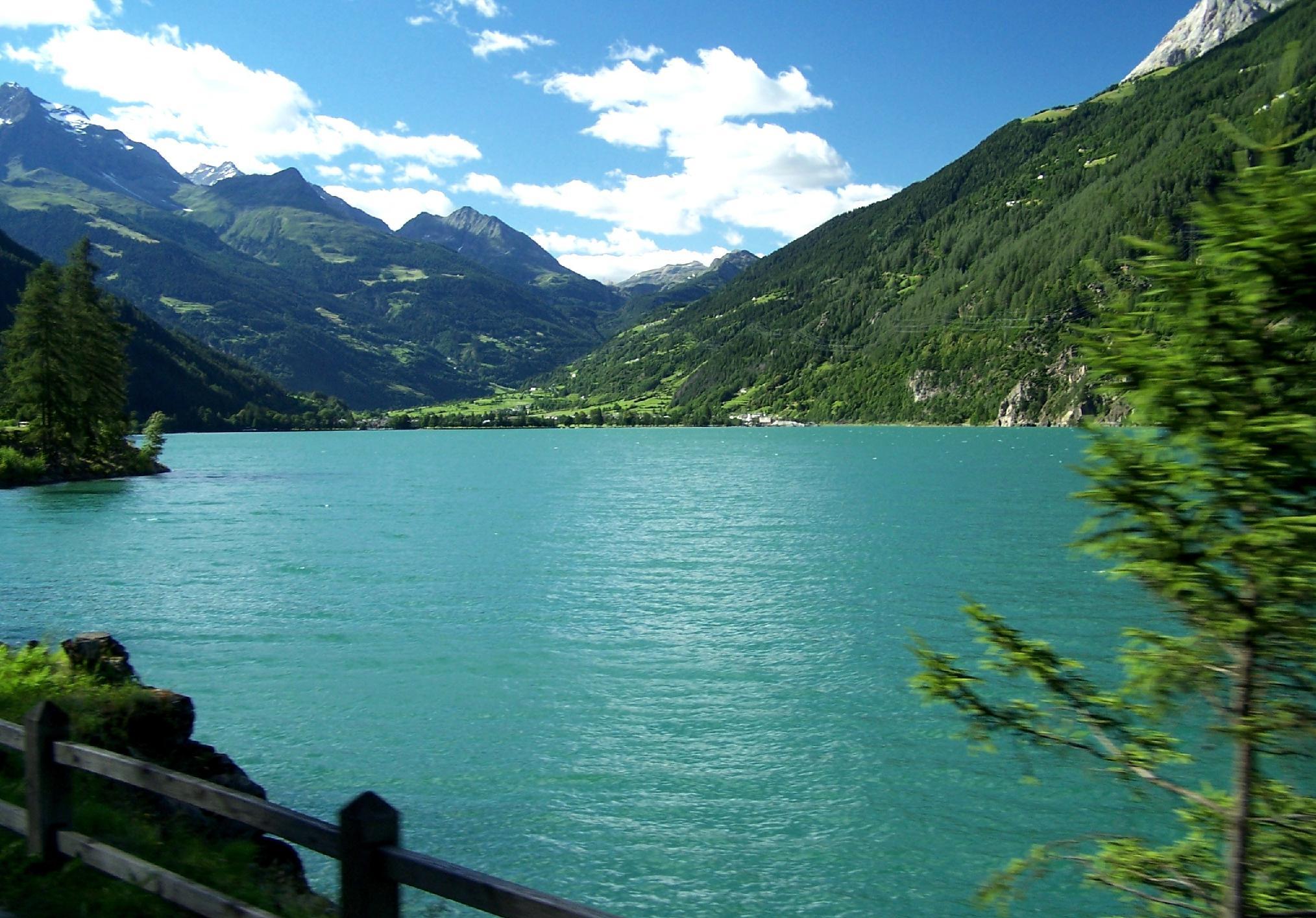 Risultati immagini per lago