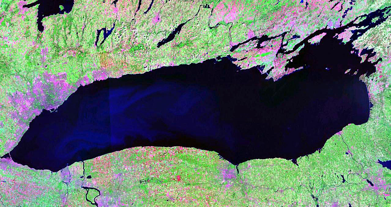 http://upload.wikimedia.org/wikipedia/commons/b/b1/Lake_Ontario_NASA.jpg