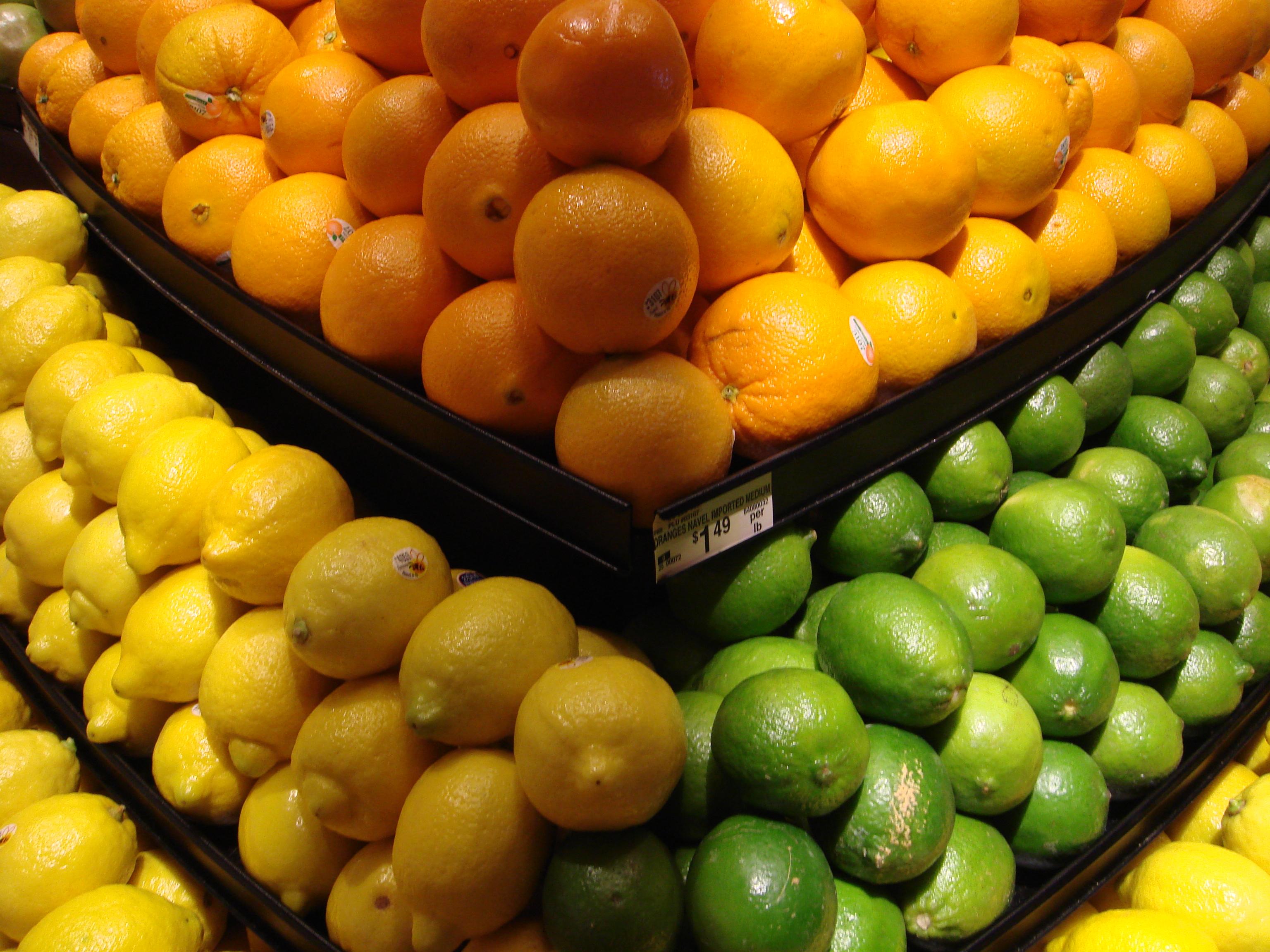 http://upload.wikimedia.org/wikipedia/commons/b/b1/Lemon,_Lime_and_Orange.jpg