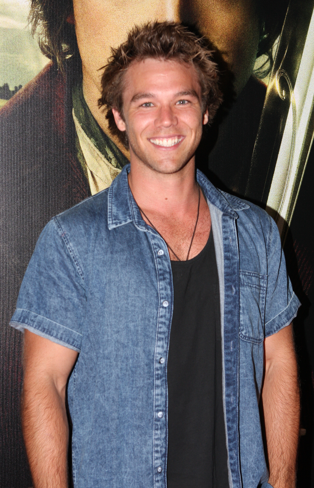 lincoln lewis new girl