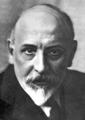 Luigi Pirandello 1934.jpg