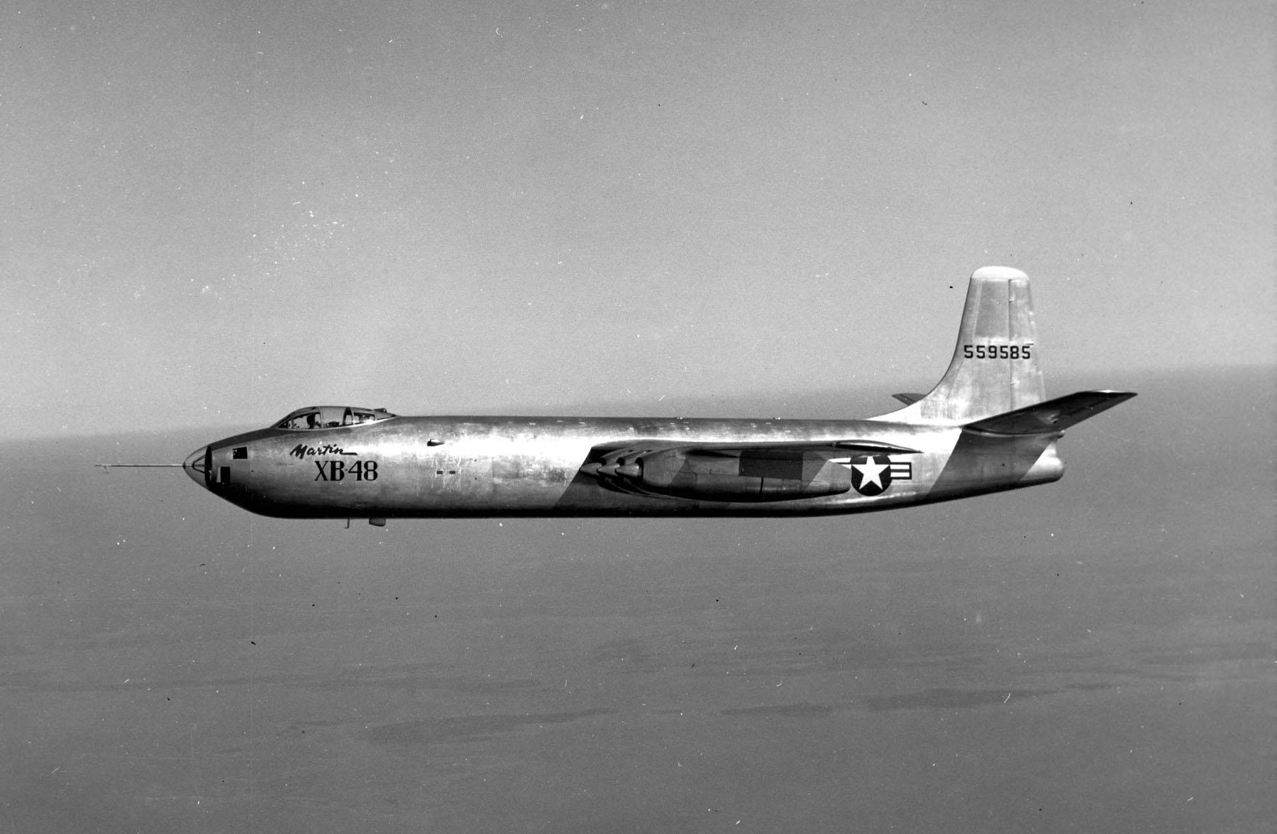 file martin xb 48 in flight 061025 f 1234s 017 jpg wikimedia commons