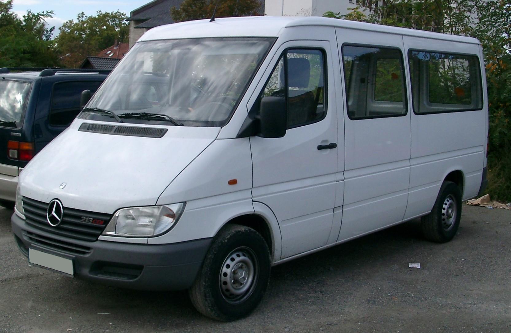 Mercedes Benz Van >> File:Mercedes Sprinter front 20070926.jpg - Wikimedia Commons