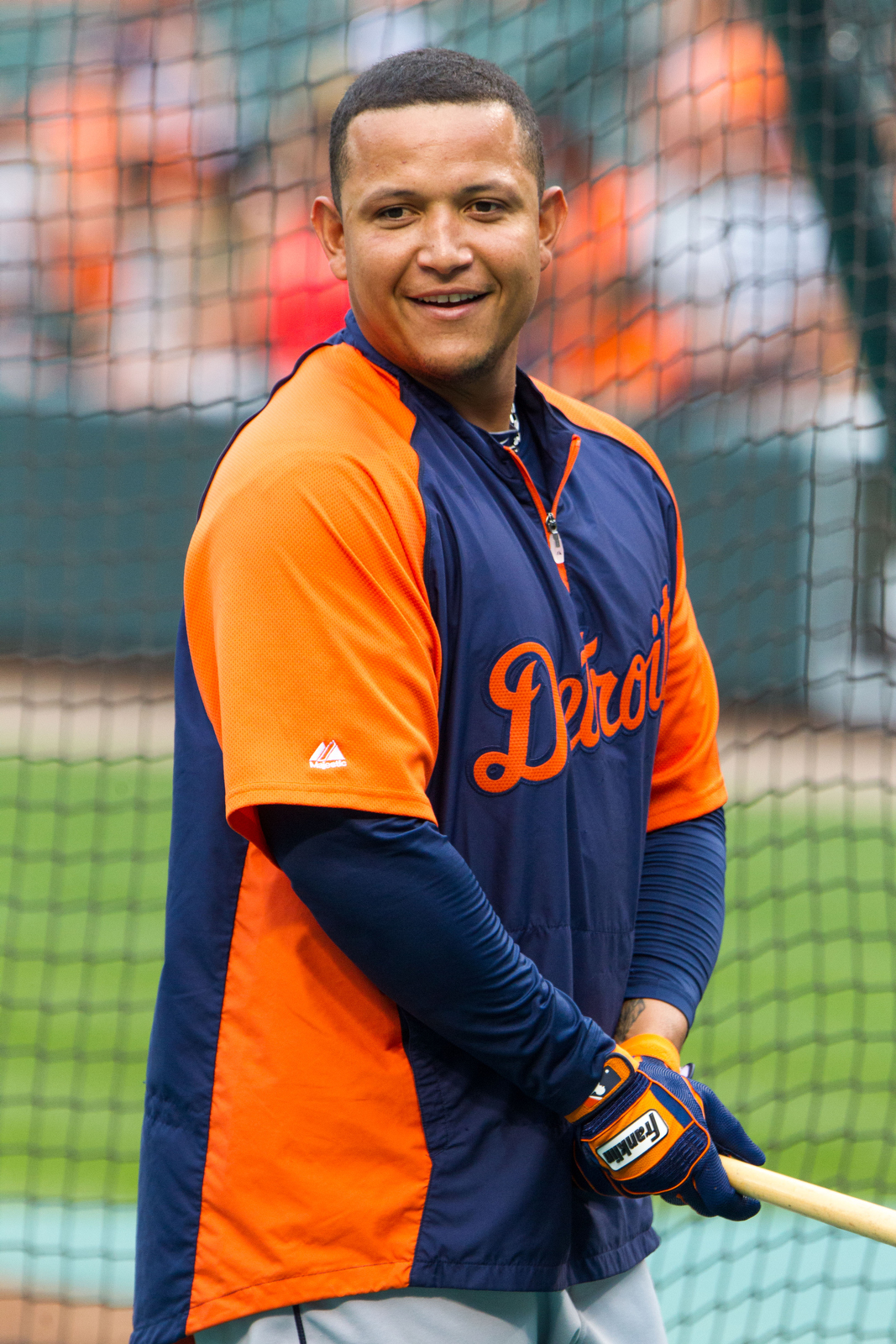 File:Miguel Cabrera on July 13, 2012.jpg - Wikimedia Commons