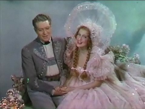 Nelson Eddy and Jeanette MacDonald in Sweethearts trailer 2.jpg