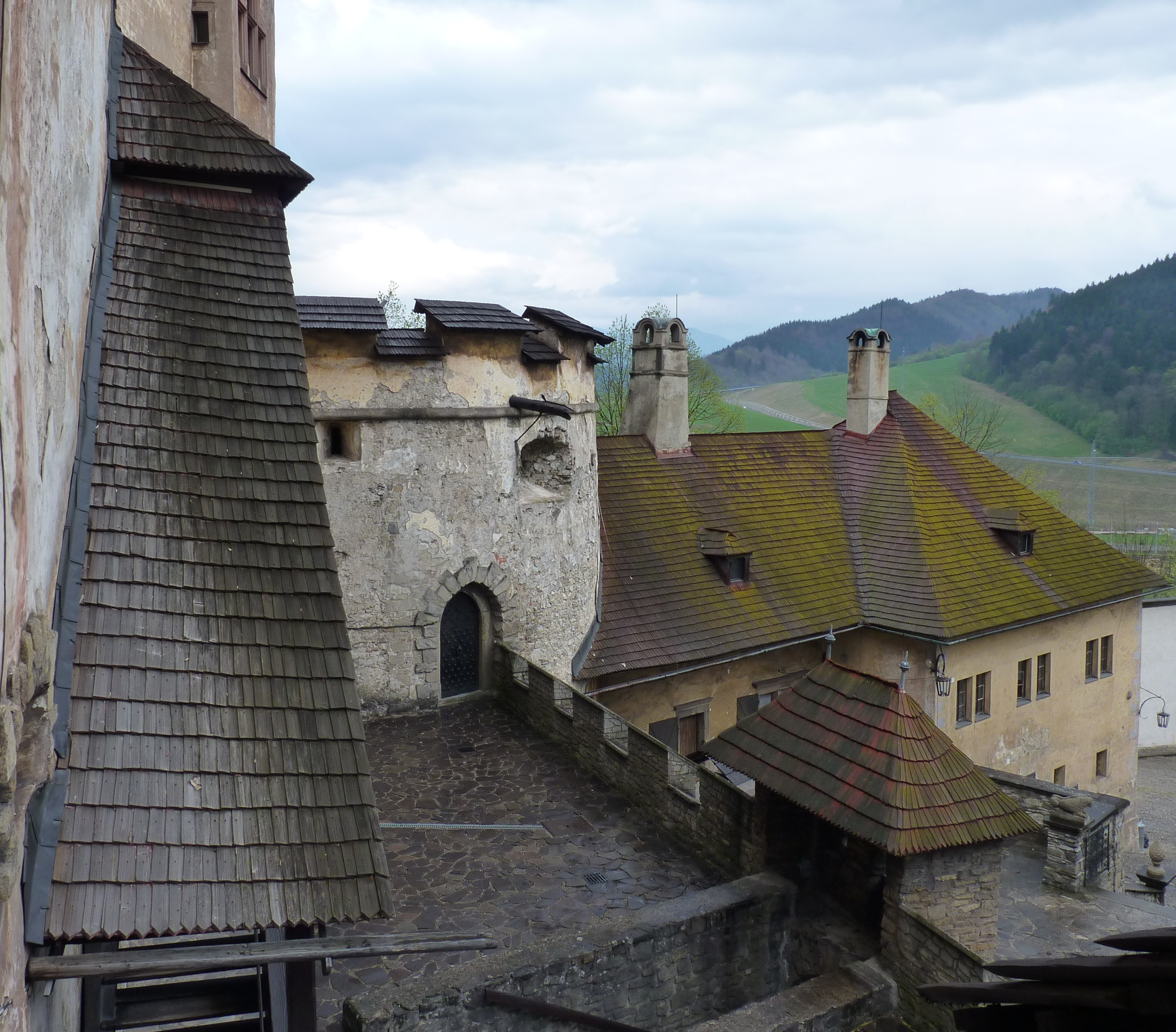 File Orava Castle Slovakia 5 Jpg Wikimedia Commons